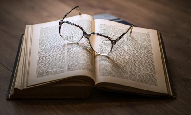 تاریخچه نامگذاری ناداستان خلاق به روایت لی گاتکیند